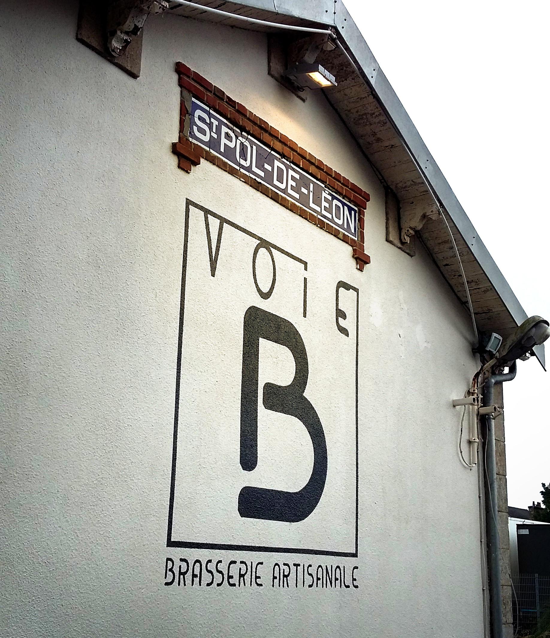 voie B facade peinture 4